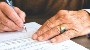How-to-Open-a-Bank-Account-for-an-Estate-of-Deceased-Individual